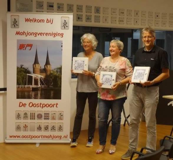 vlnr: Jenneke Kragt (3e) - Franca de Vos (winnaar) - Anton Kösters (2e)