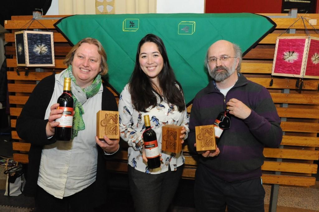 vlnr Sandra van Wijngaarden (3e) - Martha Pasterkamp (winnaar) - Zeger de Jong (2e)